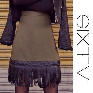 Alexis NWT Mini Skirt w/Faux Leather Fringe, Med